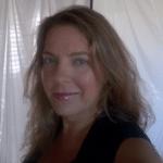 SophieWhitingVandaScaravelliYoga1-1013x1024